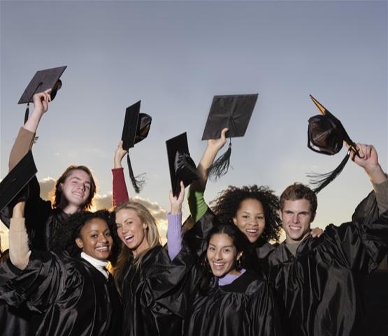 米国の大学ではどの分野の学生が多いか、どの専攻分野の初任給が高いか