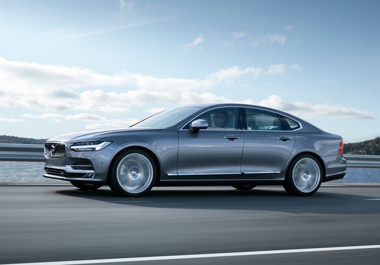 volvo_s90_production_car_of_the_year
