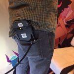 NintendoSwitchはWiiUゲームパッドとほぼ同じ大きさなので、ポケットに入れ携帯するのはちょっと難しそう